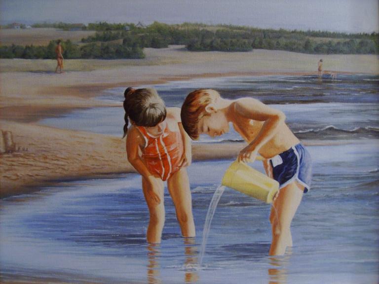 Enfants jouant dans l'eau